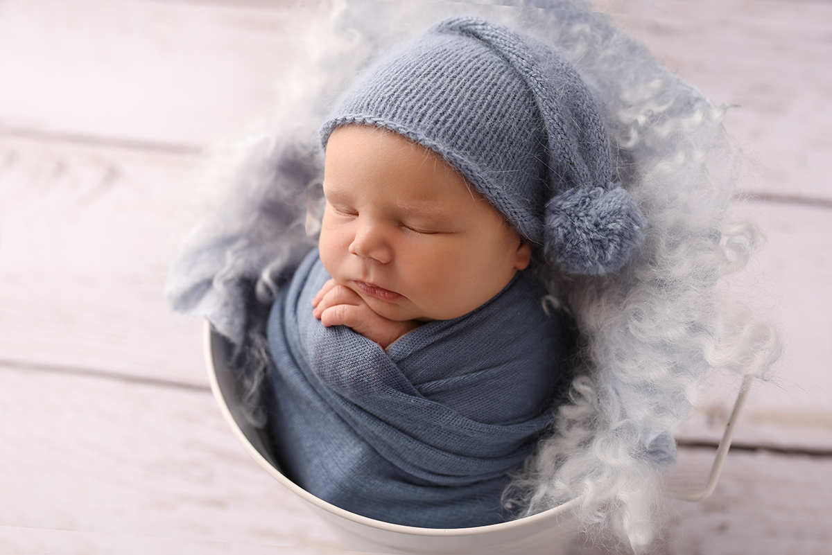 pure simple newborn photos mornington